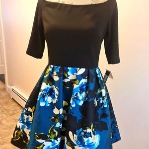 NWT🌺Betsy&Adam Boat Neck Knee High Floral Dress